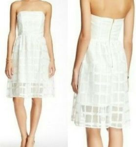 Everleigh Strapless Chiffon Fit & Flare Ivory Sz S